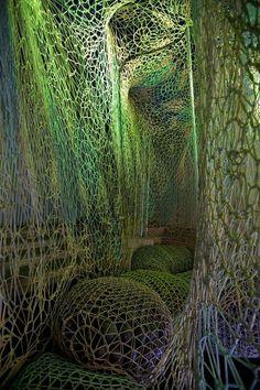 Knitted sculpture - Nike Flyknit Collective installation by Ernesto Neto Land Art, Light Art, Art Actuel, Instalation Art, Creation Art, Interactive Art, Art Textile, Art Plastique, Sculpture Art
