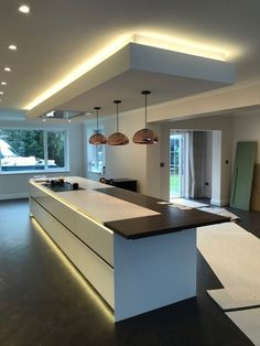 Minimalist kitchen remodel hacks ideas to save budget 16 - The kitchen is now the social hub of the house. Perhaps you're the very best place in town to find Chinese food. The perfect one for a house chef woul. Kitchen Ceiling Design, Ceiling Design Living Room, Kitchen Room Design, Home Ceiling, Best Kitchen Designs, Modern Kitchen Design, Home Decor Kitchen, Rustic Kitchen, Interior Design Kitchen