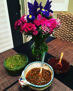 via @eric_espana: @Regrann from @hilary_nadine -  Saturdays call for homemade salsa making with @eric_espana and Mama Espana. We hope to have a booth open for business at the local Farmer's market or even at the Farm to Fork festival in Sac in the future!!! All booths are taken for this years festival but that'll give us time to perfect the recipe!!! #salsa #goodeats #mexicanfood #farmersmarket #sacramento #sacramentofarmersmarket #farmtofork #homegrown #buylocal #DreamBig #farmtofork…