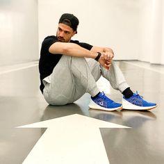 Handsome, Mens Fashion, Reebok, Sneakers, Singers, Photograph, Portraits, Shoes, Instagram