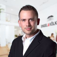 Check out this interview with Managing Broker/ Owner of Engels and Volkers, The Villages, Alistair Powell! He shares some GREAT advice for Realtors! http://blog.ixactcontact.com/sitting-down-with-alistair-powell-brokerowner-of-engel-volkers-the-villages