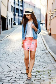 The pink flamingo     http://www.flirting-with-fashion.blogspot.com