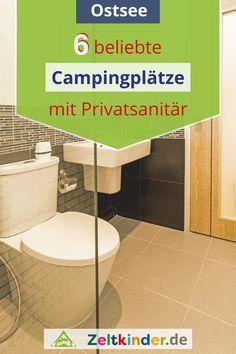 Du sucht nach einem Zeltplatz, wo du ein eigenes Badezimmer mieten oder ein Privatsanitär direkt auf der Parzelle haben kannst? Hier findest du 6 beliebte und familienfreundliche Campingplätze mit Mietbädern an der Ostsee. Camping mit Mietbad | Campingplätze Deutschland | Campingplätze Europa | Camping mit Kindern | #zeltkinder Europa Camping, Camping In Deutschland, Campsite, Family Bathroom