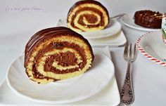 Ce a mai gatit Timea...: Rulada cu ciocolata No Bake Chocolate Cake, Chocolate Roll, Romanian Food, Romanian Recipes, Cake Cookies, Cupcakes, Something Sweet, Seafood Recipes, French Toast