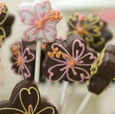 Hibiscus Cake Pops