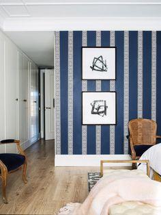 〚 Bold apartment of extravagant architect Jean Porsche in Madrid〛 ◾ Фото ◾Идеи◾ Дизайн Small Room Bedroom, Home Bedroom, Bedrooms, Contemporary Architecture, Architecture Design, Apartment Interior, Elle Decor, Beautiful Interiors, Interior Decorating