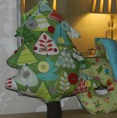 merry christmas tree cushion sewing pattern free tutorial