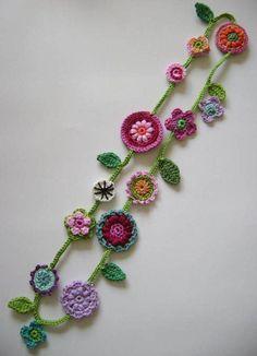 Long Chains - Buy Unique Chains on DaWanda online .-Lange Ketten – Einzigartige Ketten bei DaWanda online kaufen – Love Amigurumi Long Necklaces – Unique Necklaces to buy online on DaWanda – Love Amigurumi - Crochet Motifs, Crochet Flower Patterns, Freeform Crochet, Crochet Stitches, Knitting Patterns, Knit Crochet, Diy Crochet Flowers, Peacock Crochet, Crochet Collar