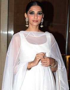 Want Sonam to keep on the same kind of energy, says Anil Kapoor!