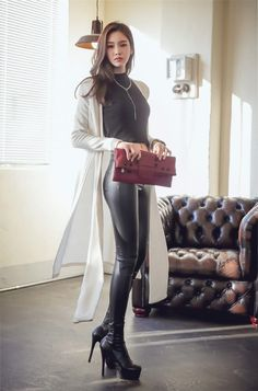 Fashion womens cardigan photo https://i-am-lady.com/
