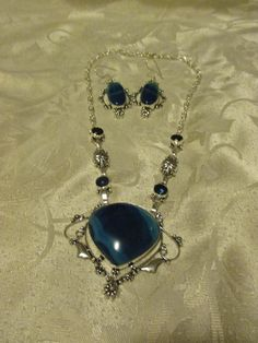 """Blue lace onyx 925 silver overlay necklace and earring set new with out tags a brand new unused and unworn item handmade necklace is 16""""and earrings are 2.5"""""""