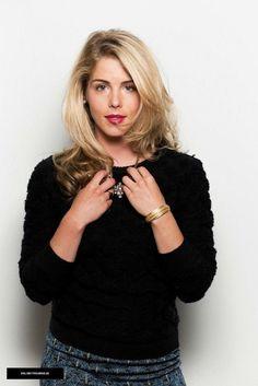 Emily Bett Rickards <3