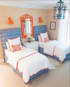 on Sunday - The Enchanted Home : Blue & orange, sublime. Via The Enchanted HomeSeven on Sunday - The Enchanted Home : Blue & orange, sublime. Via The Enchanted Home Boho Bedroom Decor, Bedroom Vintage, 50s Bedroom, Wood Bedroom, Bedroom Black, Master Bedroom, Twin Bedroom Ideas, Childrens Bedroom, Modern Bedroom