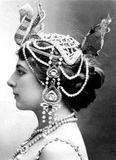 Style icons in fabulous headdresses  Mata Hari