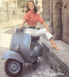 I love vintage scooters! This Vespa is so cute!