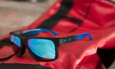 Here comes #Oakley OO9102 HOLBROOK: a product of obsession to incorporate fashion, comfort, and function in one!