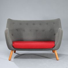 Poet Sofa by Finn Juhl, design.addict #Sofa #Finn_Juhl