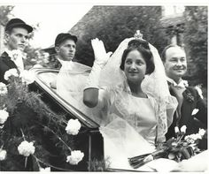 The marriage of Princess Alexandra of Isenburg und Budingen and Prince Welf Heinrich of Hannover on Sept The bride is wearing the Hanover bridal crown lent to her by Queen Elizabeth. Royal Brides, Royal Weddings, Vintage Weddings, Prince Paul, German Royal Family, Royal Marriage, Ernst August, Princess Caroline Of Monaco, Civil Ceremony
