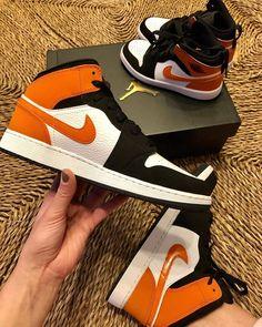 Orange Basketball Shoes Outfit,Jordan Sneakers,Fashion Air Jordan 1 Shoes Air Jordan Sneakers, Sneakers For Sale, Jordan Shoes, Jordans Sneakers, Jordan 1, Air Jordans, Orange Basketball Shoes, Michael Jordan, Sneakers Fashion