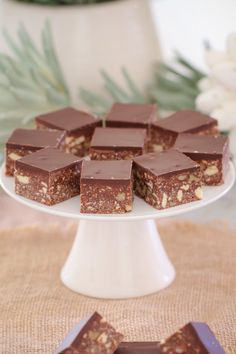 A quick and easy classic dark chocolate hedgehog slice made with crushed biscuits, walnuts, coconut and condensed milk. the perfect melt and mix slice! I dont think I've ever met anyone who doesn't love chocolate Fun Desserts, Delicious Desserts, Delish Cakes, Muesli Bars, Australian Food, Lunch Box Recipes, Valentines Day Treats, Brownie Bar, Dessert Bars