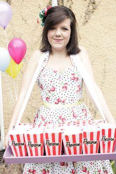 Usherette tray - handmade - for candy floss?