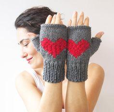 Valentines Day Fingerless Gloves Dark Gray Red by afra on Etsy