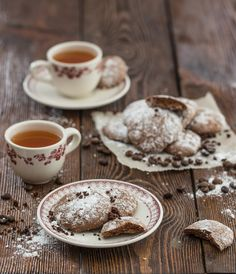 tea and ginger cakes