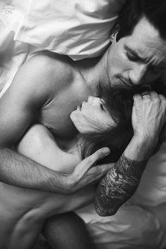 photos sensuelle couple noir et blanc reims