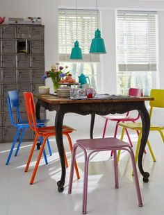 multi-colored-dining-chairs - Home Decorating Trends - Homedit Colored Dining Chairs, Modern Dining Chairs, Dining Room Chairs, Dining Table, Dining Set, Beautiful Small Homes, Sweet Home, Small House Design, Deco Table