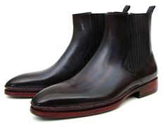 DESCRIPTION: - Handmade Plain Toe Chelsea Boots for Men - Navy & Bordeaux hand-painted calfskin upper - Turquoise burnished double leather sole - Bordeaux leather lining and inner sole - Chain stitche