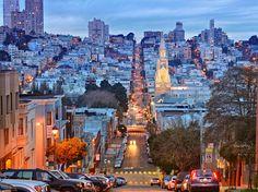 Gu der Reise von San Francisco. Die Informationen, die Sie brauchen in unserer gu von San Francisco gelegen: Orte zu besuchen, Gastronom, Parteien...