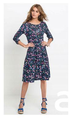 stylizacja casual, ciekawa stylizacja, moda damska, sukienka w kwiaty Cold Shoulder Dress, Casual, Dresses, Fashion, Vestidos, Moda, Fashion Styles, Dress, Fashion Illustrations