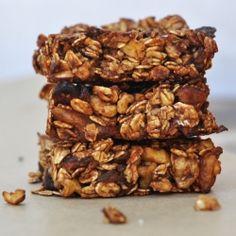 Cocoa Orange Granola Bars - vegan, no added sugar, very filling, super healthy - the perfect portable snack.