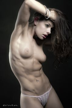 Naked chick with abs of steel — 10