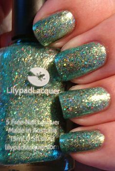 Lilypad lacquer take me away hypnotic polish exclusve