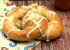 Naan, Bagel, Bread, Pretzels, Food, November, November Born, Brot, Essen
