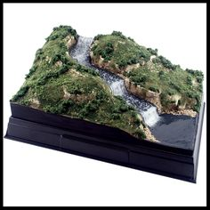 Model scenery materials and kits to help students build dioramas, displays, other school projects and arts and crafts. Building Structure, Model Building, Landscape Model, Water Effect, Moving Water, Model Train Layouts, Small World, Model Trains, Scale Models