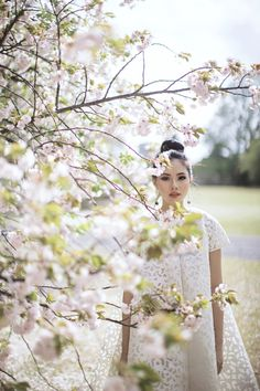 Make-up ideas for engagement photoshoot | Olivia Lazuardy And Kalvin's Pre-Wedding Shoot In Japan | http://www.bridestory.com/blog/olivia-lazuardy-and-kalvins-pre-wedding-shoot-in-japan