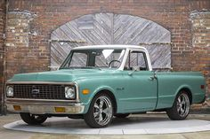 1972 Chevy C10 in medium green.