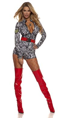 Sexy Outfits, Soldier Costume, Sexy Army Costume, Sexy Stiefel, Military Costumes, Army Girl Costumes, Beauté Blonde, Style Feminin, Red Boots