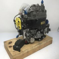 P/N: 1-170-780-01, S/N: 652AF999, Fuel Control Unit, Serviceable, OEM Approved Honeywell, ID: CSM Woodward Governor, Us Department Of State, Fixed Wing Aircraft, Turbine Engine, Jet Engine, Control Unit, Rolls Royce, Oem, Engineering