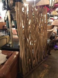 Separating Rooms, Diy Crafts For Home Decor, Living Room Sets, Teak Wood, Woodworking Plans, Accent Decor, Diy Furniture, Vintage Antiques, House Design