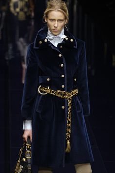 Dolce & Gabbana at Milan Fall 2006. That velvet coat is just... I can't even