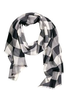 bd91b590a397 Soft scarf with black  amp  white checks