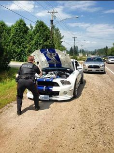 We take being pulled over seriously here in Canada - Imgur