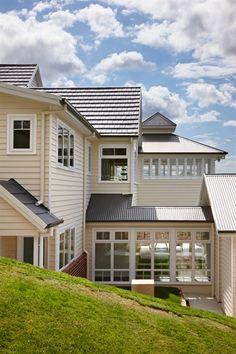 Hamptons House Grand Designs Australia s1.