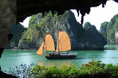 Introduction to Ha Long Bay cat ba ventures