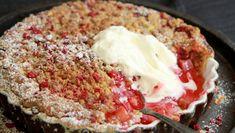 Norwegian Food, Norwegian Recipes, Rhubarb Cake, Scandinavian Food, Rhubarb Recipes, Pudding Desserts, Snacks, Sweet Cakes, No Bake Cake