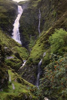 Wow - the breathtaking Grey Mare's Tail, Moffat, Scotland. A great place to hike with wonderful views - just look at that waterfall!