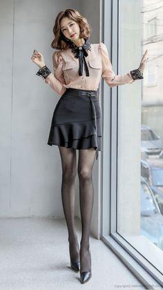 Korean Girl Fashion, Asian Fashion, Womens Fashion, Fashion Tights, Women's Fashion Dresses, Cute Asian Girls, Beautiful Asian Girls, Mode Outfits, Sexy Outfits